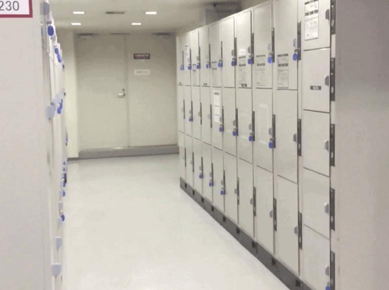 博多駅ひかり広場のコインロッカー