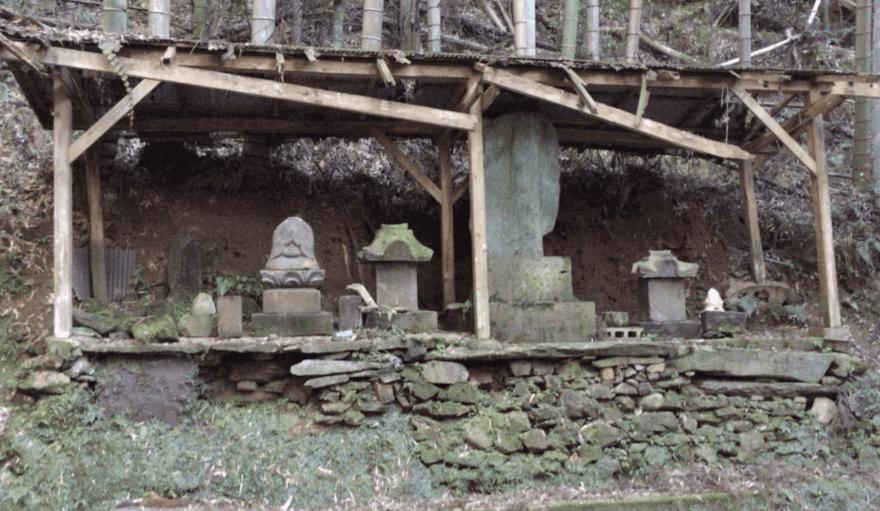 福岡の心霊スポット:十三佛