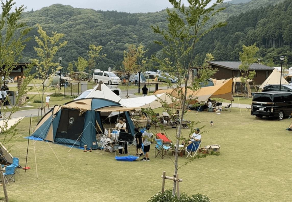 キャンプ モンベル 五ケ山 ベース [徹底解説]めちゃ快適♪「五ケ山クロスキャンプ場」の詳細情報まとめ。