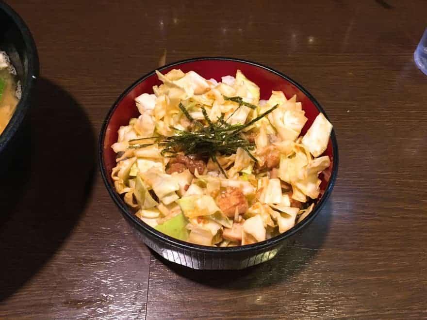 壱壱家の小キャベ丼